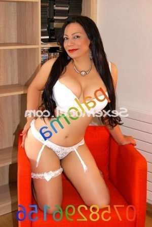 Marilia escorte girl