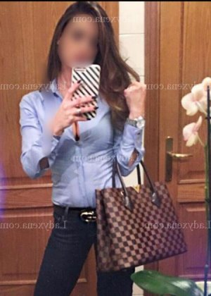 Cherazed escorte girl